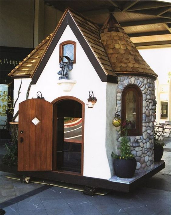 A-dog-cottage-shape-of-castle