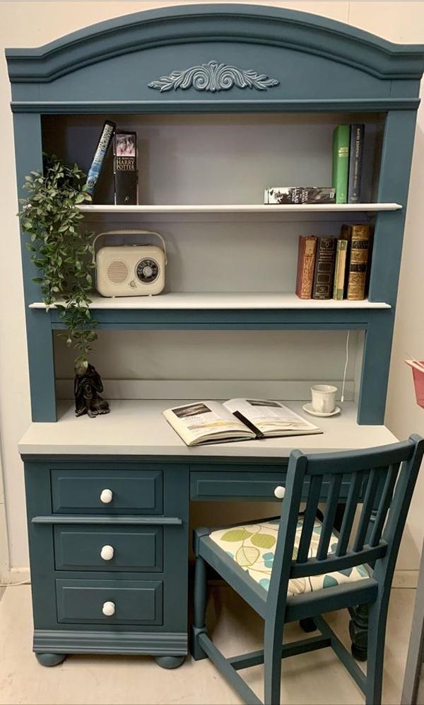 American-style-study-desk