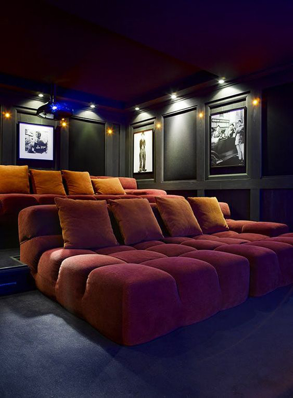 Big-couch-in-the-home-theater