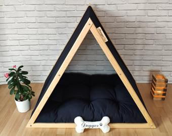 Comfortable-dog-bed-with-black-theme