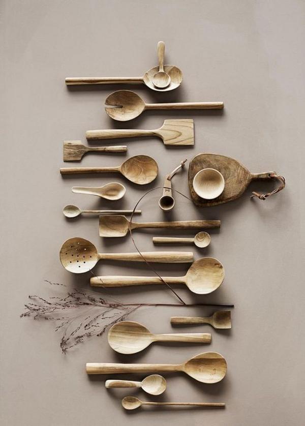 Cooking-utensils-walls-decor