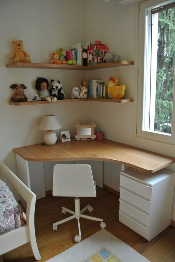 Cozy-and-comfortable-work-place