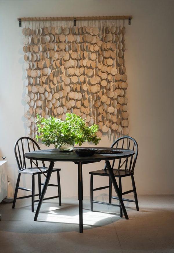 Hanging-ornamental-ceramic