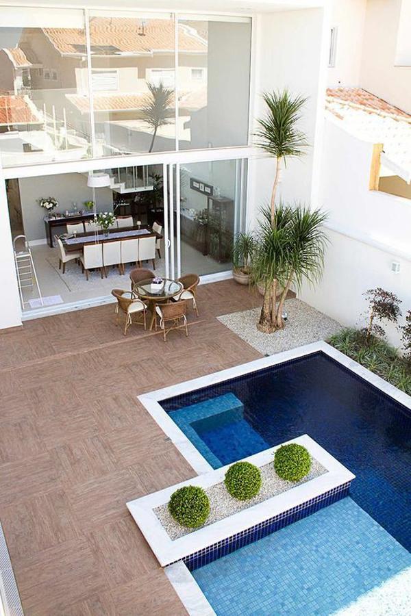Mini-swimming-pool