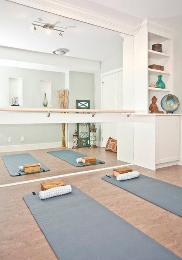 Simple-home-yoga-room