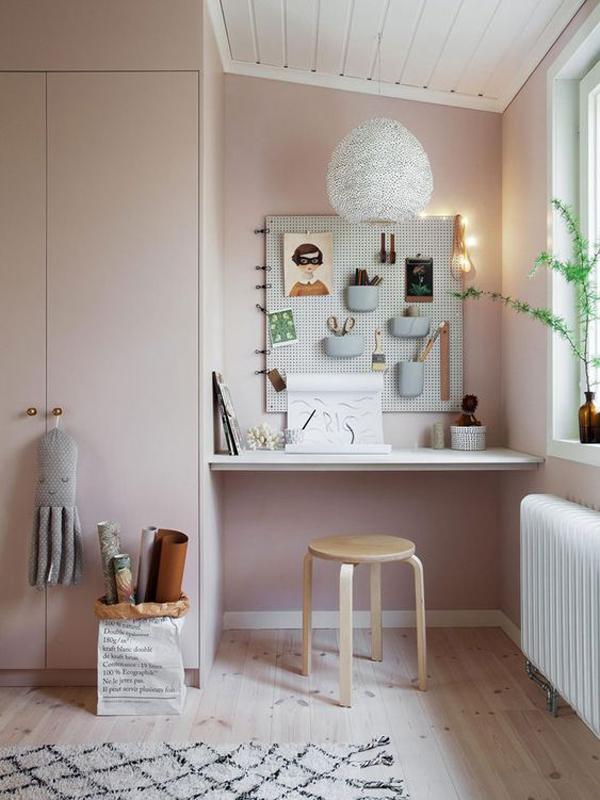 Study-desk-with-saving-furniture