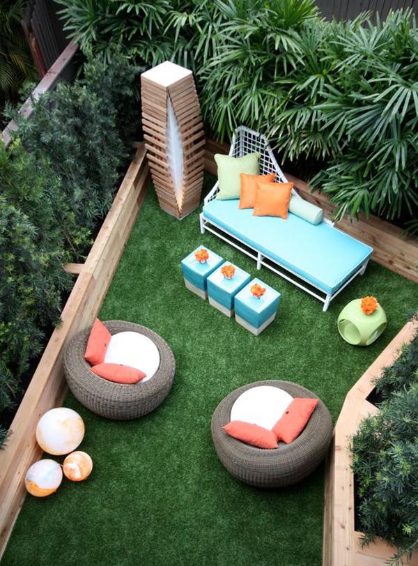 Tiny-yard-decoration