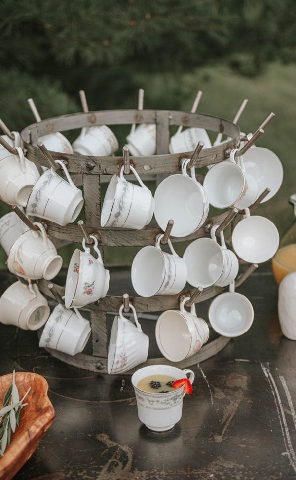 A-cup-in-the-wedding-ceremony