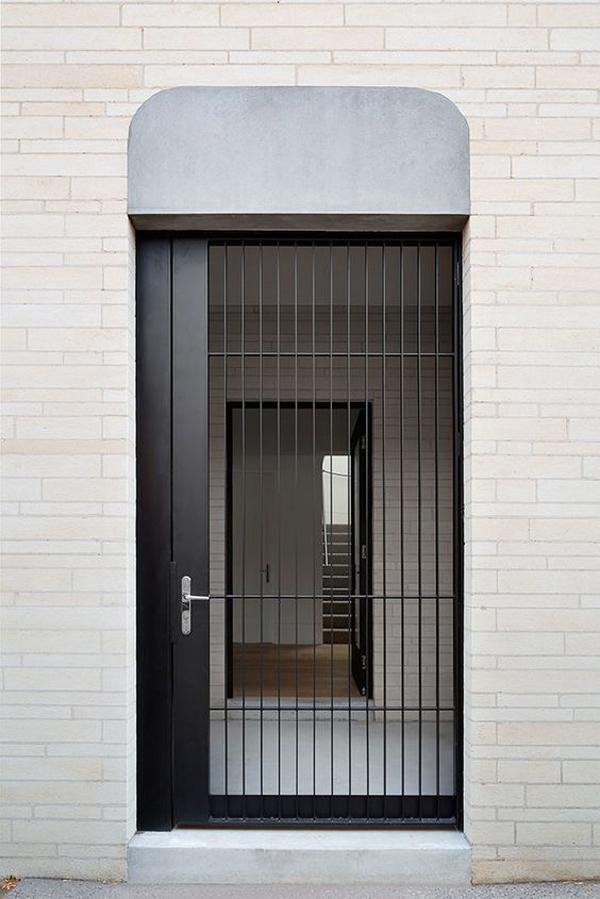 Black-door-fence