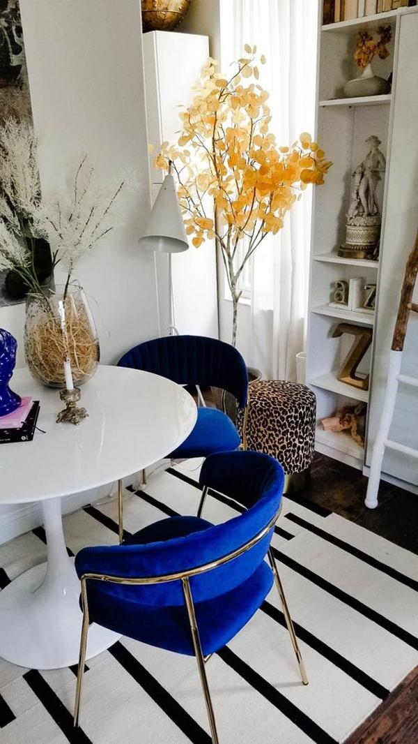 Blue-velvet-single-chair