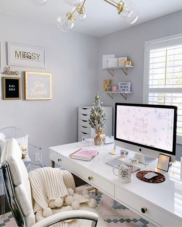 Chic-organizes-home-offices-desk