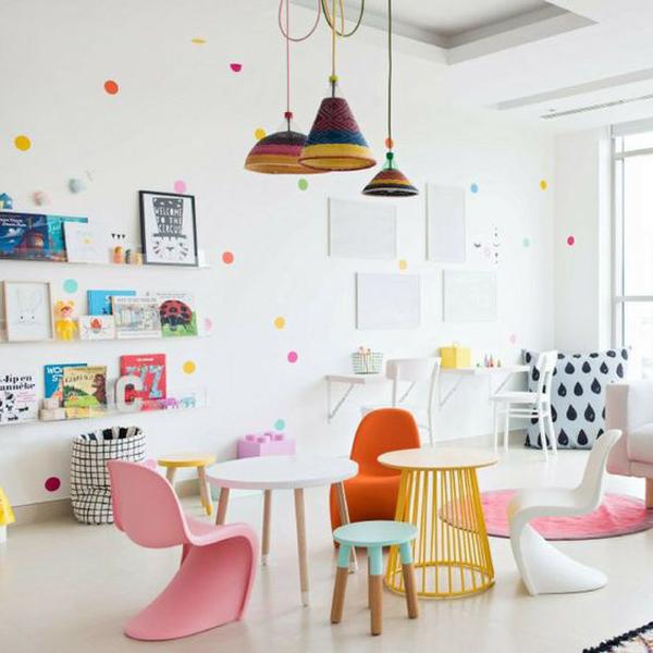 rainbow-confeti-dot-walls-decor