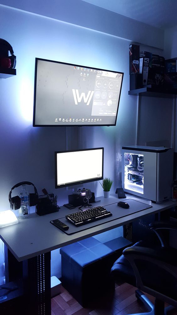 Simple-and-tiny-gaming-room