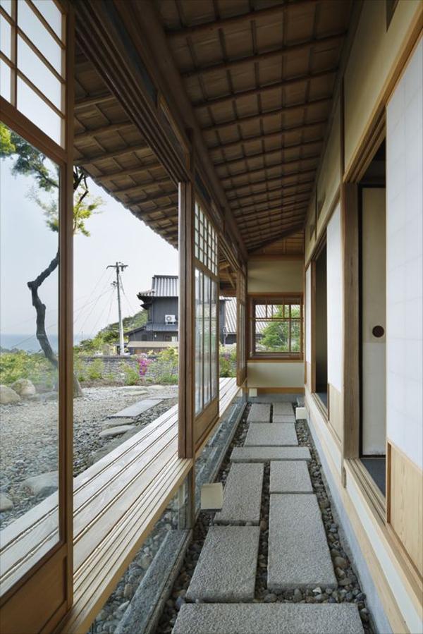 stone-walk-interior-design
