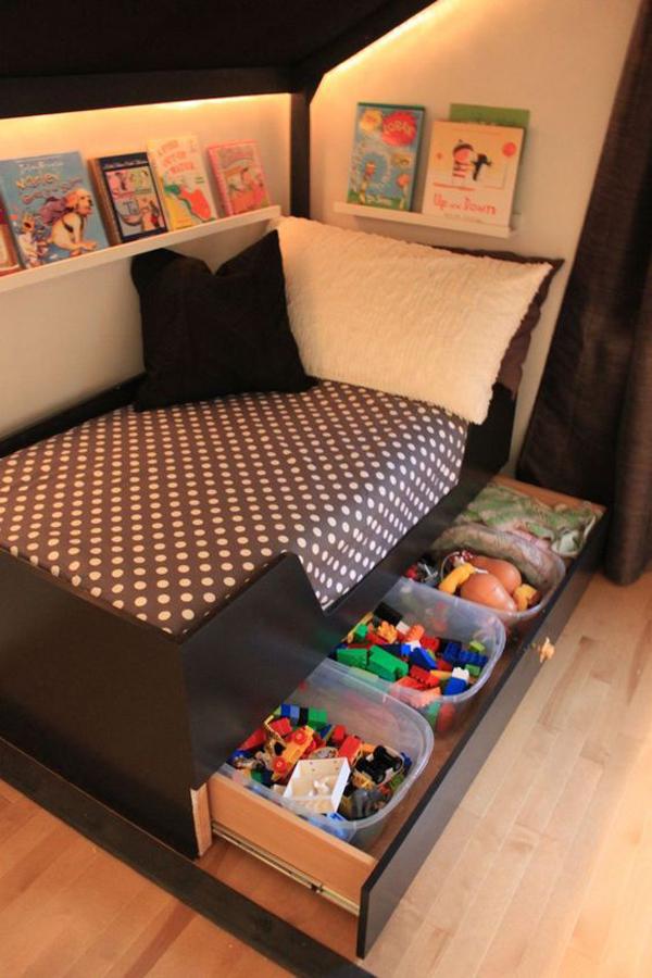 toy-storage-under-the-bed