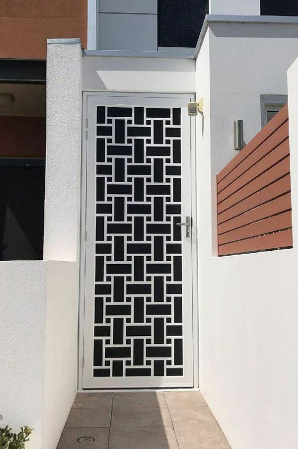 ubique-motif-for-front-door