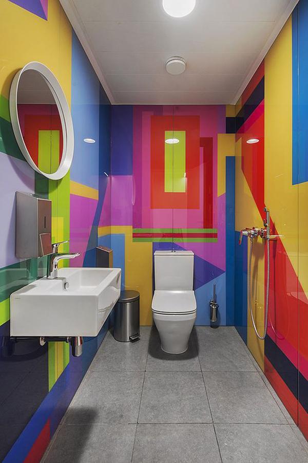 Wall-graphic-bathroom-decor