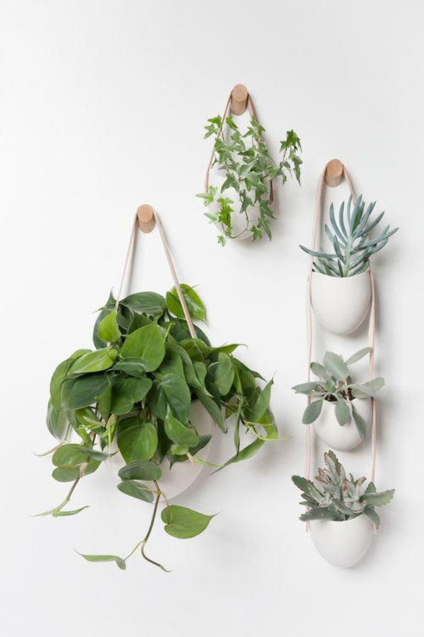ceramic-wall-decoration-with-hanging-plants