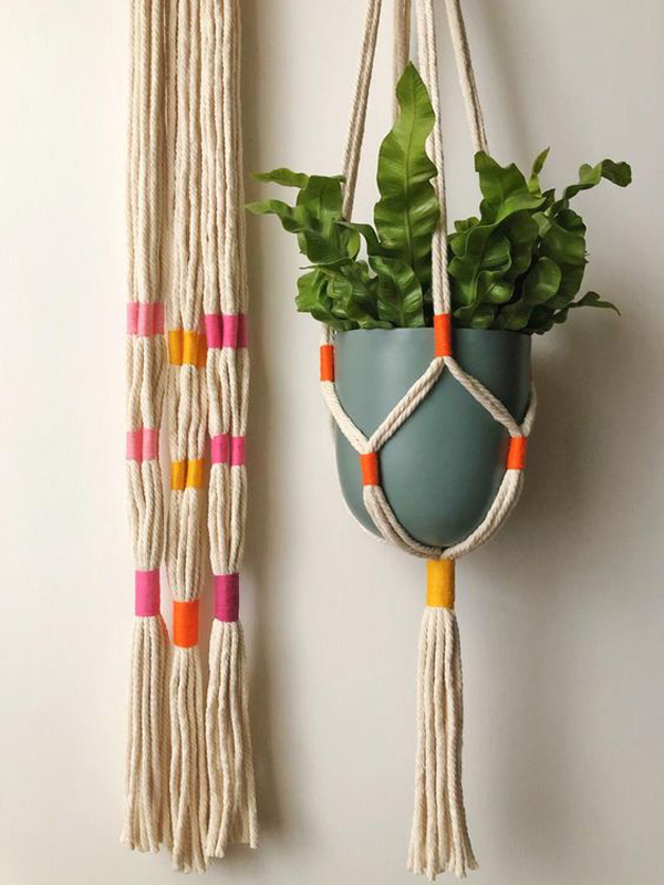 hanging-plants-with-creative-string