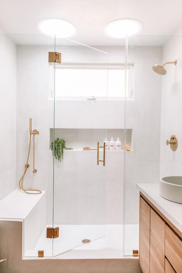 white-home-of-bathroom