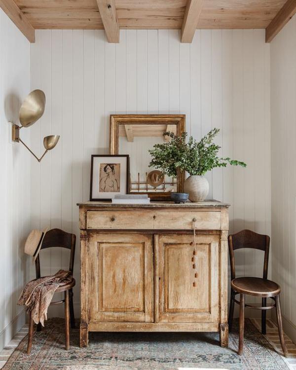 European-classic-living-rom-decoration