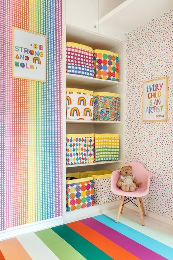 Kids-room-and-rainbow-shelf