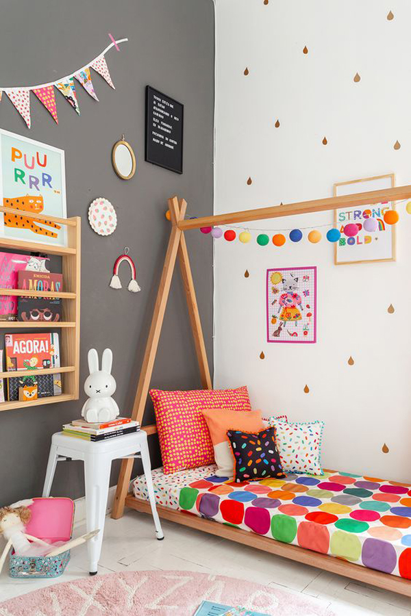 Kids-room-with-beautiful-decoration
