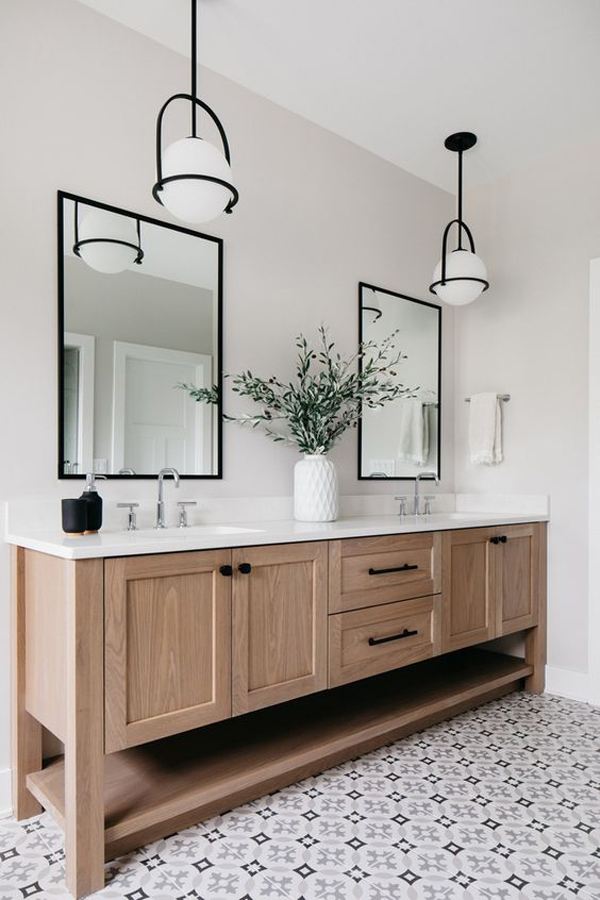 Luxury-white-bathroom-design
