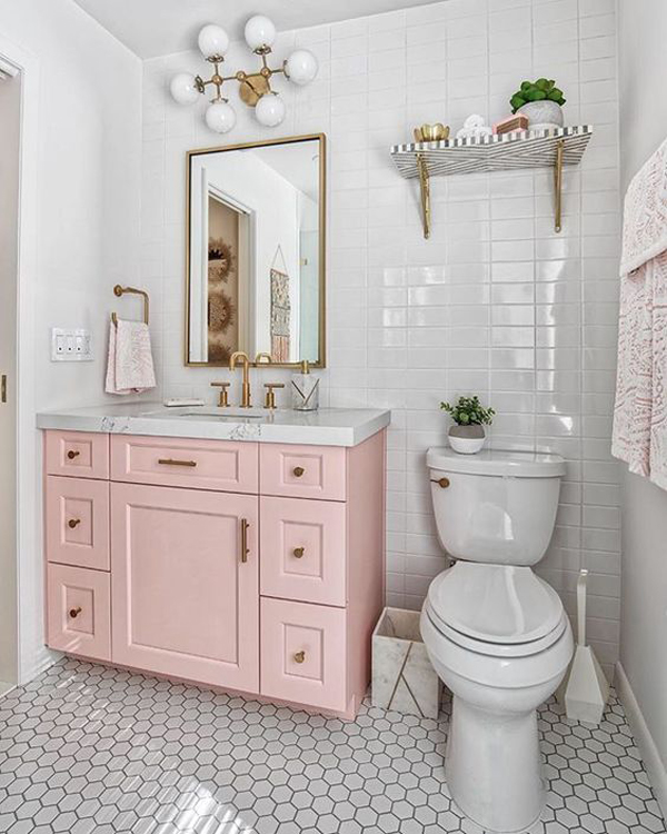 Pink-and-white-bathroom-theme