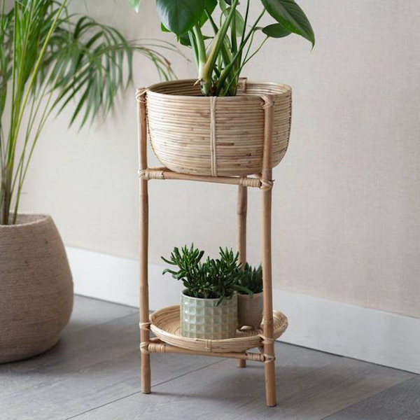 Rattan-planter-on-a-stand