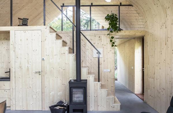 Modular-house's-staircase