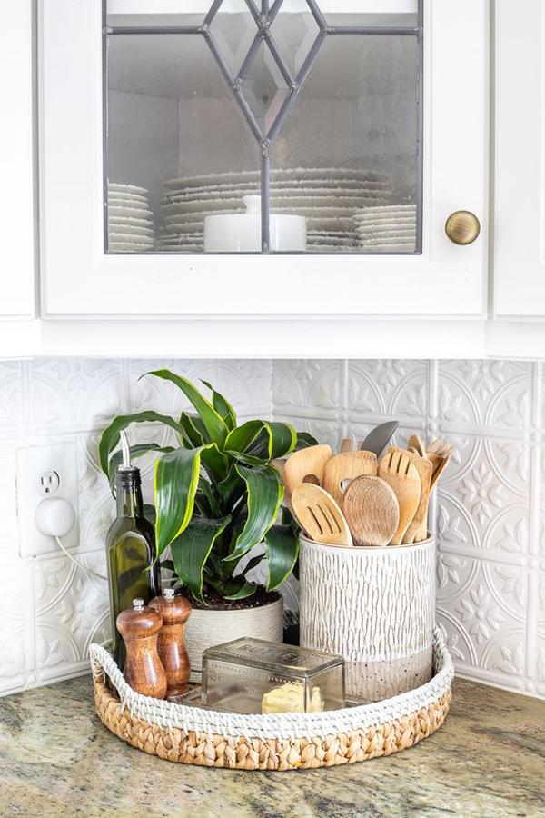 Styling-kitchen-countertops