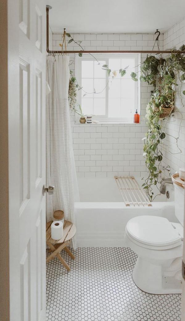 White-bathroom-theme