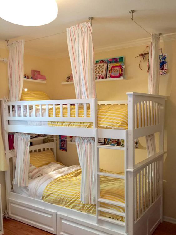 Yellow-bunk-beds-theme