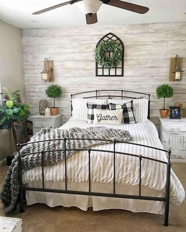 bedstead-rustic-bedroom