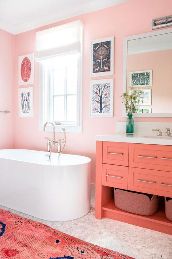bright-pink-bathroom-theme