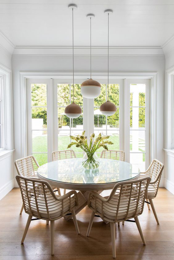 casual-brown-and-white-dining-room-theme