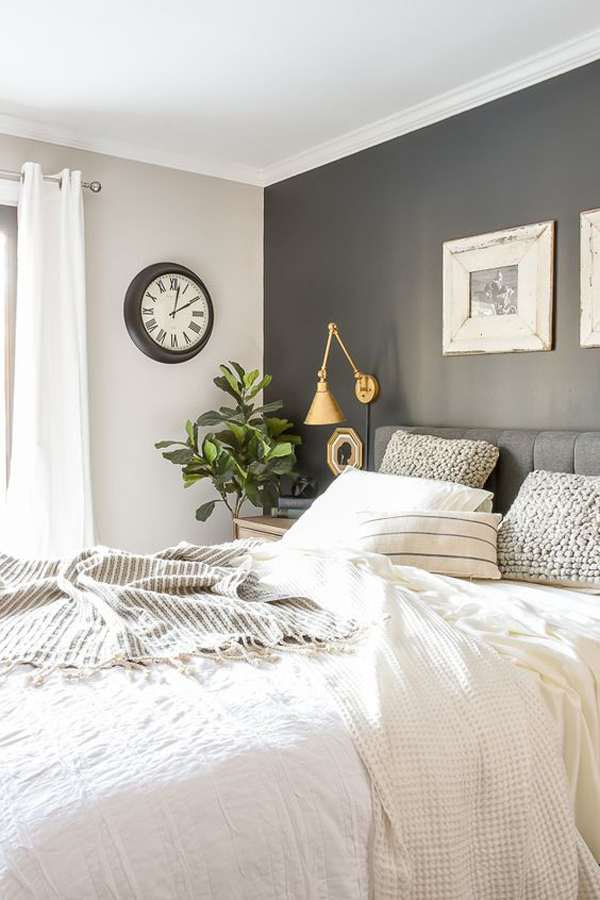 grey-and-white-decoration