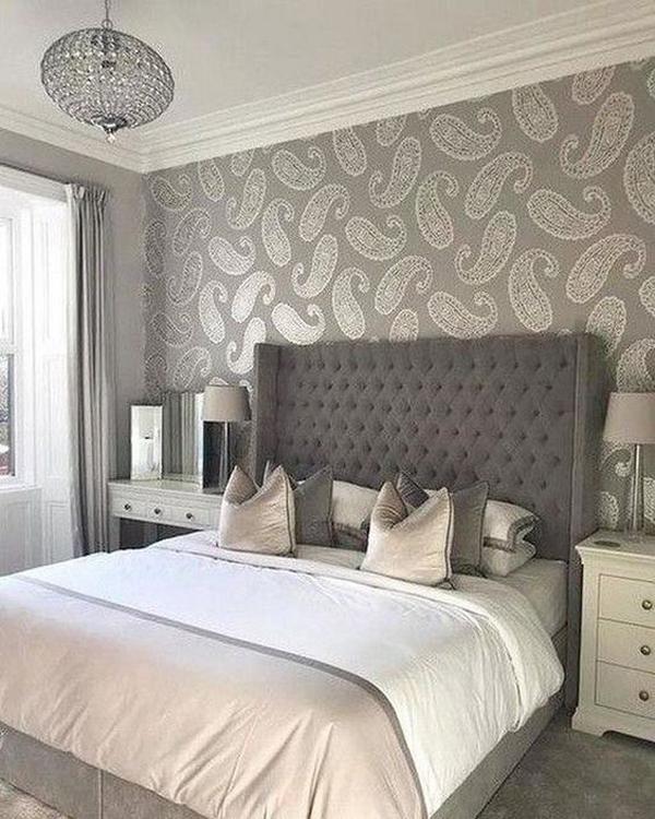 grey-batik-walls-decoration