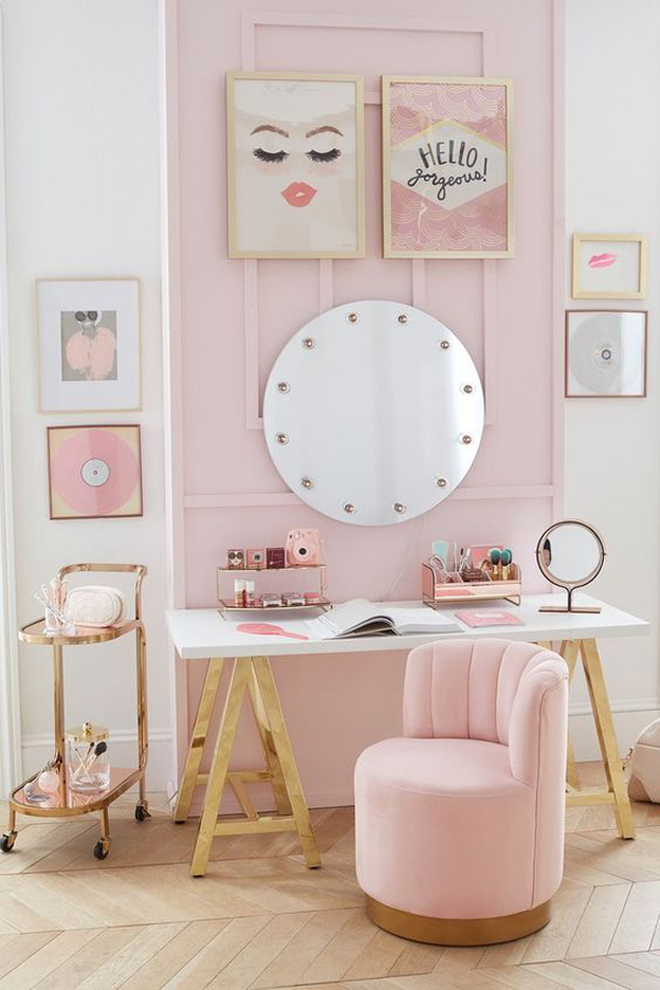 pink-theme-for-study-desk