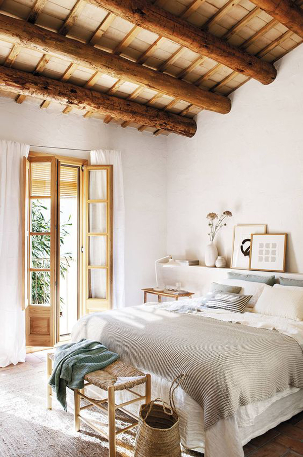 rustic-bedroom-renovation-with-wood-ceiling