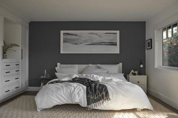 simple-grey-walls-decoration