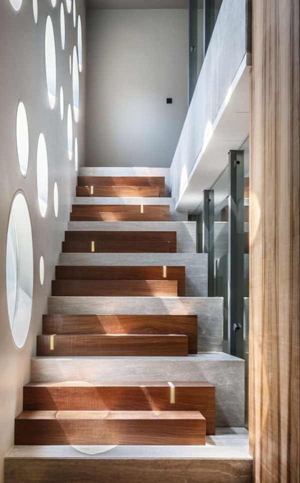 staircase-walls-decoration