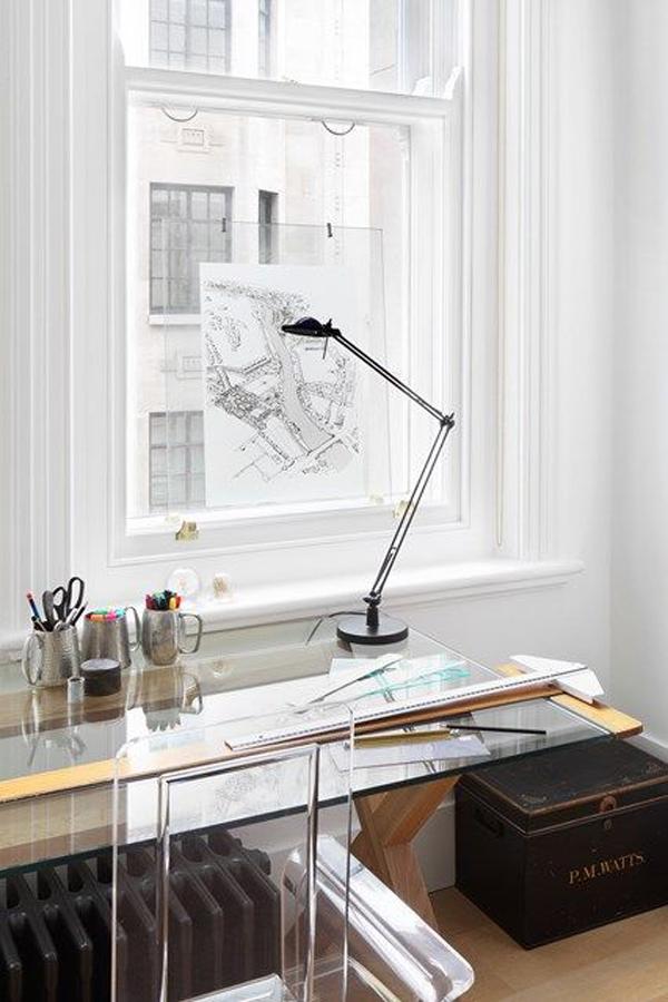 white-glass-desk-ideas