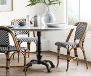zebra's-dining-chair-theme