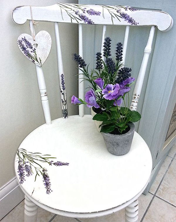 Beautiful-painted-chair-with-lavender