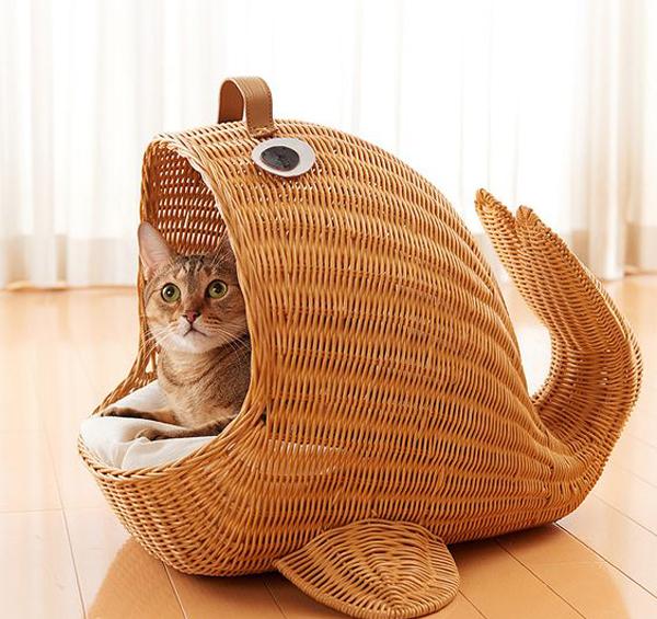 Brown-cat-basket