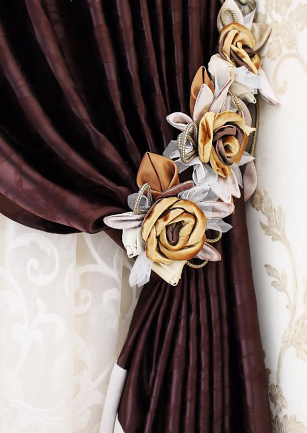 Brown-curtains-color