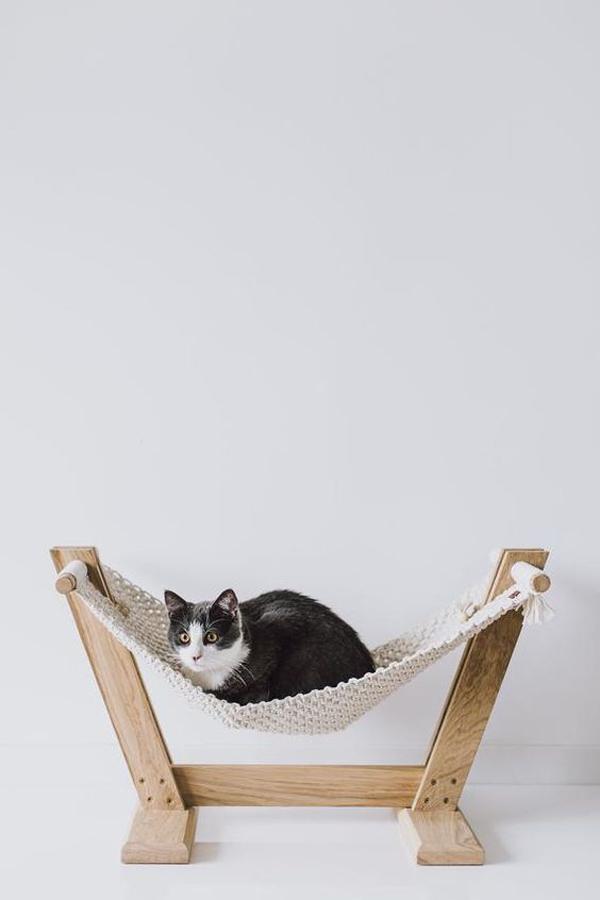 Cat-toys-with-add-hammock