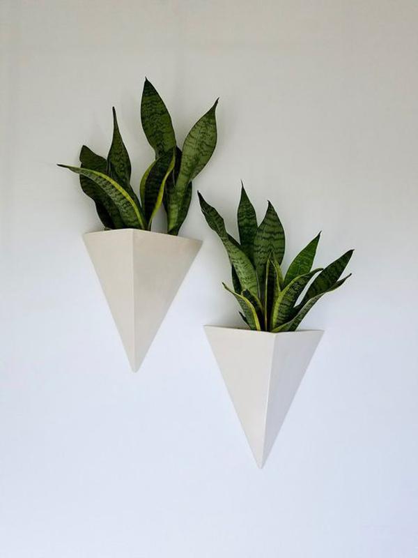 Ceramic-wall-planter